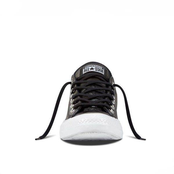 Converse Chuck Taylor All Star front